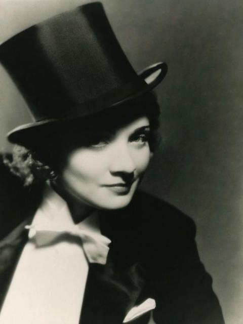 MISTERIUS DAN CEMERLANG: Marlene Dietrich, memiliki kekuatan dalam setiap perannya: Misterius, kuat dan cemerlang. | Foto: The Guardian