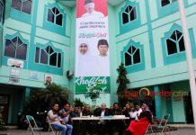 BAGUSS UNTUK KHOFIFAH-EMIL: Barisan Gus Sholah (Baguss) mendirikan sekretariat pemenangan Khofifah-Emil untuk Pilgub Jatim 2018 di Gedung Graha Astra Nawa, Surabaya, Senin (8/1). | Foto: Barometerjatim.com/ROY HASIBUAN