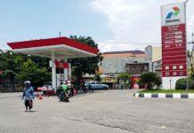 PREMIUM KOSONG: Pasca harga pertalite naik stok premium di sejumlah SPBU di Surabaya mendadadk habis. Masyarakat dibuat kebingungan. | Foto: Ist