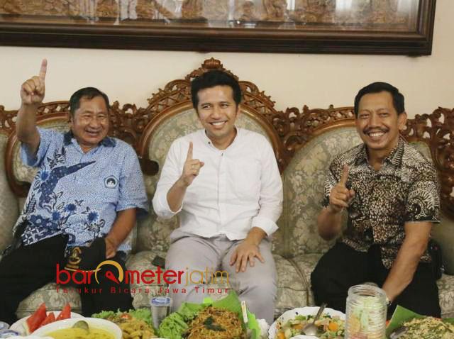 DUKUNGAN EKS PDIP: Emil Dardak mendapat dukungan dari mantan Ketua DPC PDIP Kabupaten Malang, Geng Wahyudi. | Foto: Barometerjatim.com/ROY HASIBUAN