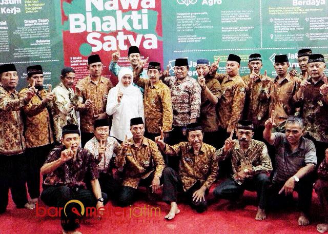 DUKUNG KHOFIFAH-EMIL: Purnawirawan TNI-Polri se-Jatim dukung Khofifah-Emil di Pilgub Jatim 2018.   Foto: Barometerjatim.com/ABDILLAH HR