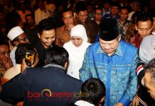 SILATURAHIM ULAMA SE-JATIM : Cagub Khofifah bersama Susilo Bambang Yudhoyono usai silaturahim dengan alim ulama se-Jatim di Malang, Selasa (19/6). | Foto: Hasil Survei CSIS