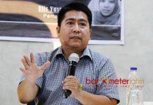 HANYA PDIP YANG 'MENANGIS': Ahmad Zainul Hamdi, kekalahan Gus Ipul-Puti di Pilgub Jatim 2018 tak akan membuat PKB 'menangis'. | Foto: Barometerjatim.com/ROY HASIBUAN