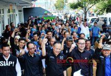 RELAWAN CAKRA AHY: Relawan Cakra Agus Harimurti Yudhoyono (AHY) deklarasi AHY maju Pilpres 2019 di Surabaya, Jumat (27/7). | Foto: Barometerjatim.com/ROY HASIBUAN