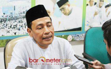 TAK PUNYA AMBISI: KH Hasan Mutawakkil Alallah, tak punya ambisi untuk kembali memimpin PWNU Jatim.   Foto: Barometerjatim.com/ROY HASIBUAN