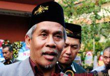 TAK AKAN BERPOLITIK: Ketua PWNU Jatim, KH Marzuki Mustamar, tak akan gunakan lembaga NU untuk politik. | Foto: Barometerjatim.com/ABDILLAH HR