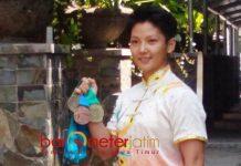 JUARA WUSHU DI CHINA: Natalie Chriselda Tanasa, mahasiwa Ubaya mengharumkan Indonesia di China. | Foto: Barometerjatim.com/NANTHA LINTANG