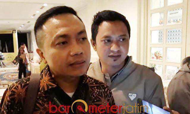 KEKUATAN BARU: Rakhmad Santoso (kiri), diharapkan bisa mengembalikan marwah dan kekuatan IPHI yang sempat tercerai berai.   Foto: Barometerjatim.com/ABDILLAH HR