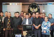 TANGGAP DARURAT: Konferensi pers penanganan gempa Palu dan Donggala di Kemenko Bidang Politik, Hukum dan Keamanan, Jakarta Pusat, Sabtu (29/9). | Foto: Humas Kemensos