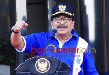 MAKIN DEKAT KE JOKOWI: Pakde Karwo, pasca 12 Februari 2019 memastikan dukungan untuk Jokowi-Ma'ruf Amin? | Foto: Barometerjatim.com/NANTHA LINTANG