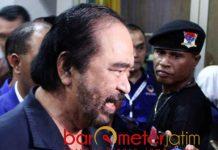PAKDE KATWO KE JOKOWI: Surya Paloh ungkap komitmen Pakde Karwo dengan dirinya untuk memenangkan Jokowi-Ma'ruf Amin di Jatim. | Foto: Barometerjatim.com/ROY HASIBUAN