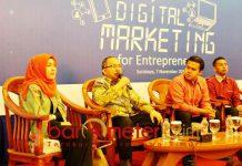 MEMBANGUN WIRAUSAHA: Workshop digital marketing for entrepreneurs di Surabaya, Rabu (7/11). Upaya membangun wirausaha yang benar. | Foto: Barometerjatim.com/NATHA LINTANG
