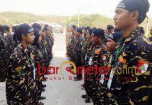 MAKIN DIMINATI: Diklatsar II Banser GP Ansor Kota Surabaya di Pantai Kenjeran, 2-4 November 2018. | Foto: Barometerjatim.com/NATHA LINTANG