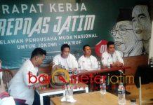 JOKOWI DUA PERIODE: Repnas Jatim mendukung Joko Widodo presiden lagi, karena menilai memberi manfaat secara nasional. | Foto: Barometerjatim.com/NATHA LINTANG