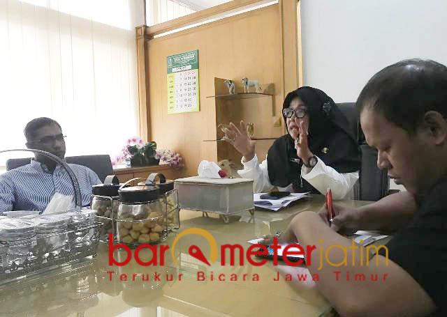 Hearing Disnak Jatim dengan PPSDS soal data sapi di Jatim. | Foto: Barometerjatim.com/abdillah hr