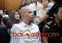 Ahmad Dhani, sidang eksepsi di PN Surabaya, Selasa (12/2/2019). | Foto: Barometerjatim.com/natha lintang