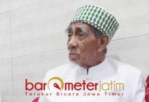 KH Maimun Zubair saat di kompleks Masjid Sunan Ampel Surabaya.   Foto: Barometerjatim.com/natha lintang